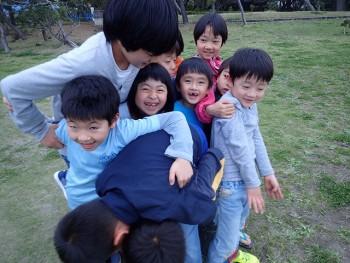 TIDEPOOL金曜日「しぜん」 今日は外で仲良くなる活動!