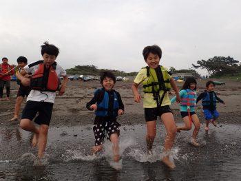 金曜日 「しぜん」今日もカヌーこぐぜ~~!で、海もはいるぜ~~!