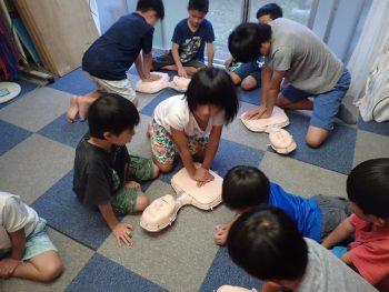 金曜日クラス 室内プログラム 「助けること」と「守ること」