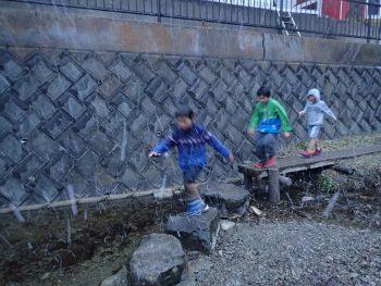 金曜日「しぜん」雪!走る!子供たちから出る言葉がいいね。