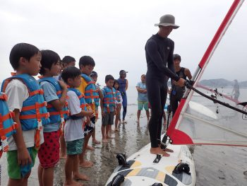 木曜日「しぜん」ウインドサーフィンにチャレンジ!! ご協力ありがとうございます!!
