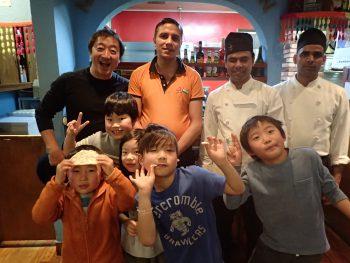 「せかい」クラス!町で学ぶ!本当にカシラム先生感謝!みんな葉山ニューチャンダニへGOGO!!